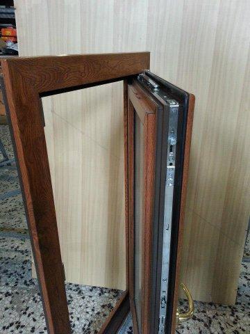 Euroinfissi lavorazioni di ferro inox alluminio pvc e - Finestre a nastro ...