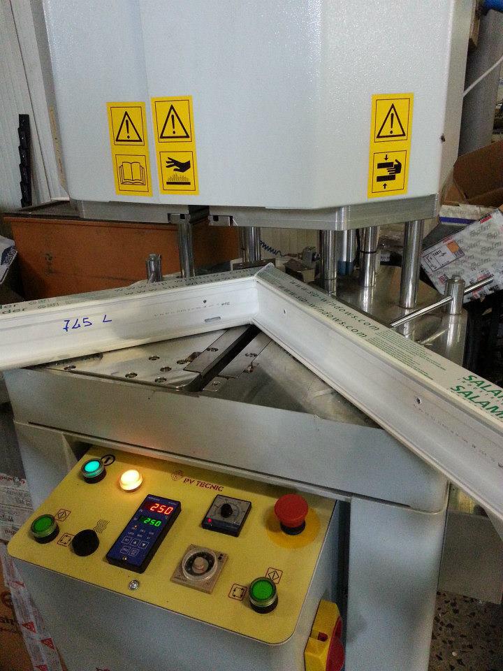 Euroinfissi Arezzo - Lavorazioni ferro, inox, alluminio, pvc, taglio ...